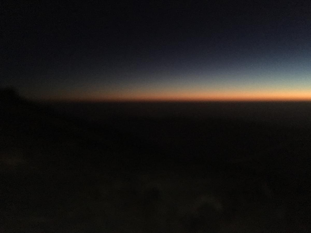 Lever-du-soleil-depuis-le-refuge-RED
